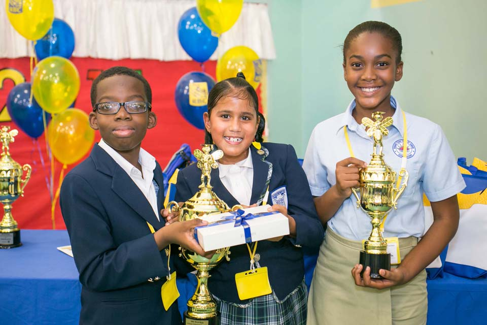 L-r: Last year's primary winners Jelani Hanson and Jemma Watson with Deidre Edwards, who took third place in 2015.